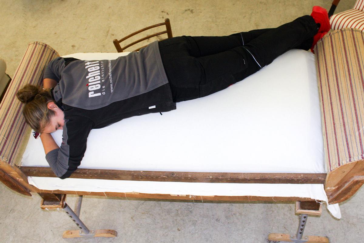 Mittagsschlaf auf dem #polsterliebling